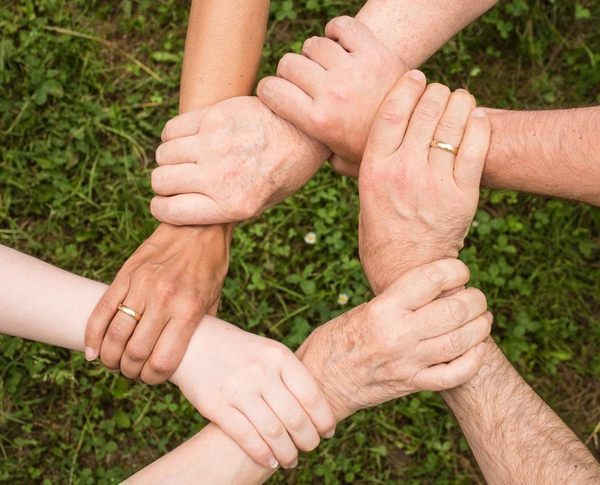 Por Qué Somos Una Familia En Cristo Evangelio Real