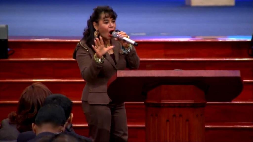 puede la mujer ser pastora