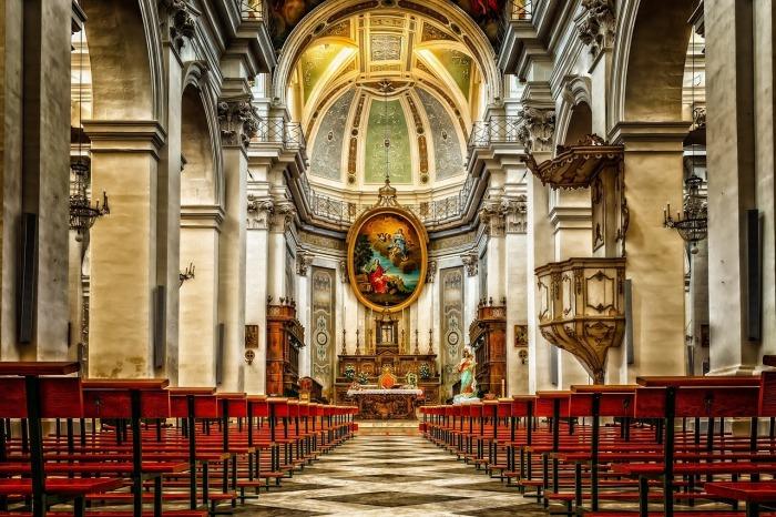 10 errores fatales de la iglesia católica.jpg