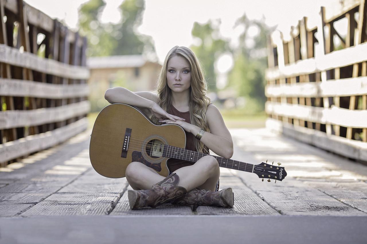 es pecado escuchar música mundana